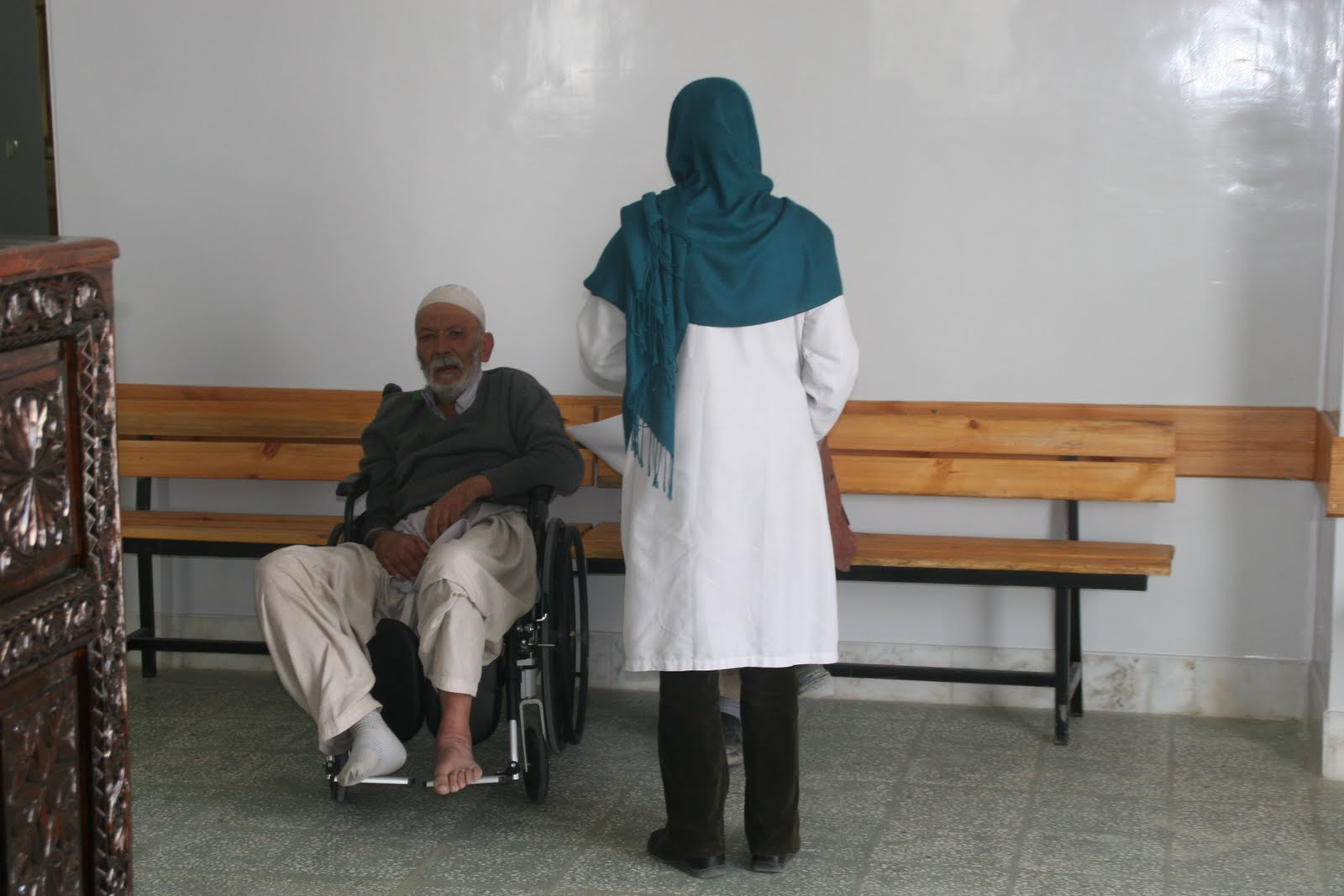 """This report indicates that despite some """"promising results"""" in improving health in Afghanistan, success depends on an effective leadership by the Ministry of Public Health to accommodate dynamic and complex changes in the health care environment."""